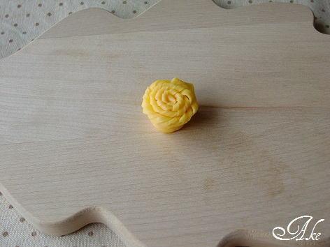 薄焼き卵のお花 – 存在感ばっちりの卵のおはな♪