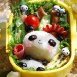 黒豆で簡単に♪全身パンダちゃん弁当 – お花型のほっぺがカワイイ♪